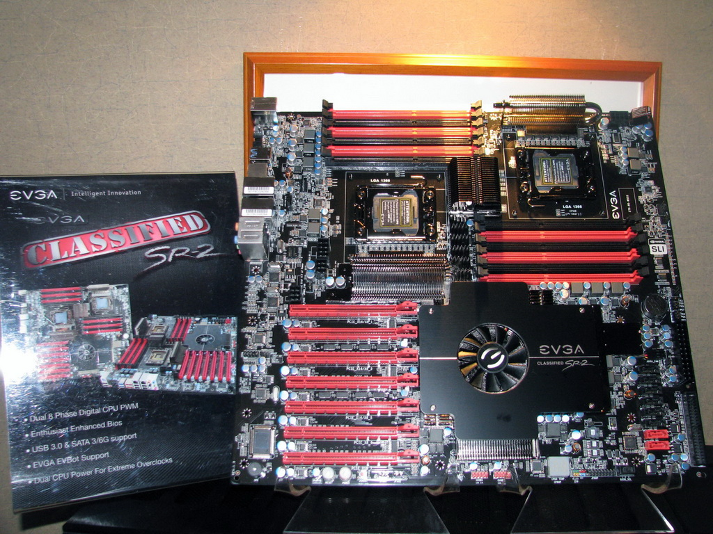EVGA displays: • HWzone compatible motherboard and chassis