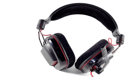 Photo of Plantronics 780 headphones in review - comfort and quality at hand
