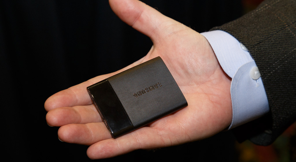 Photo of CES 2015: An advanced SSD drive that goes everywhere with you