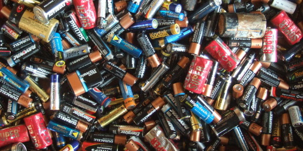 Photo of Are Air Aluminum Batteries the Revolution Our Mobile Devices Need?