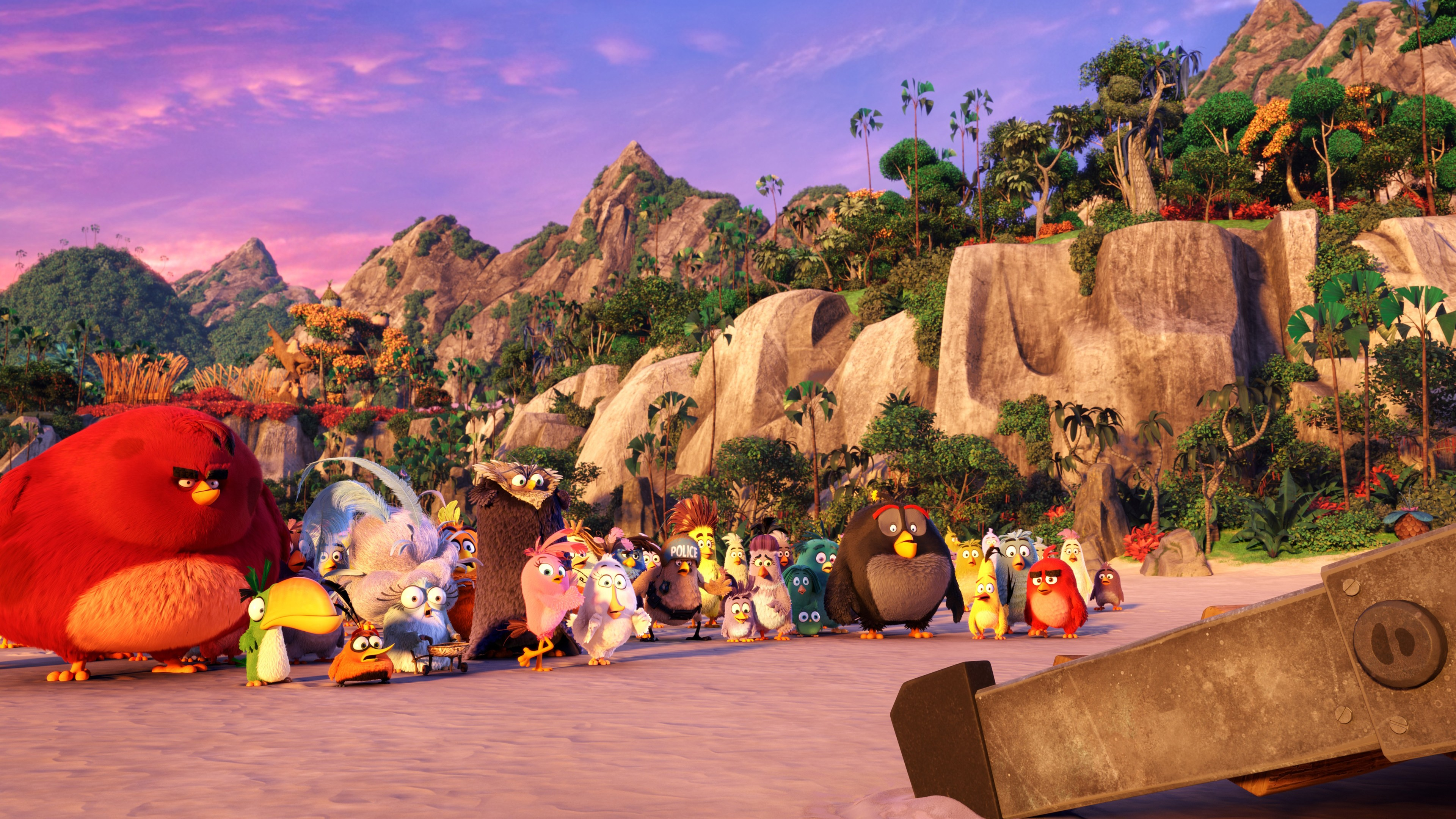 Photo of Watch the first movie trailer for Angry Birds