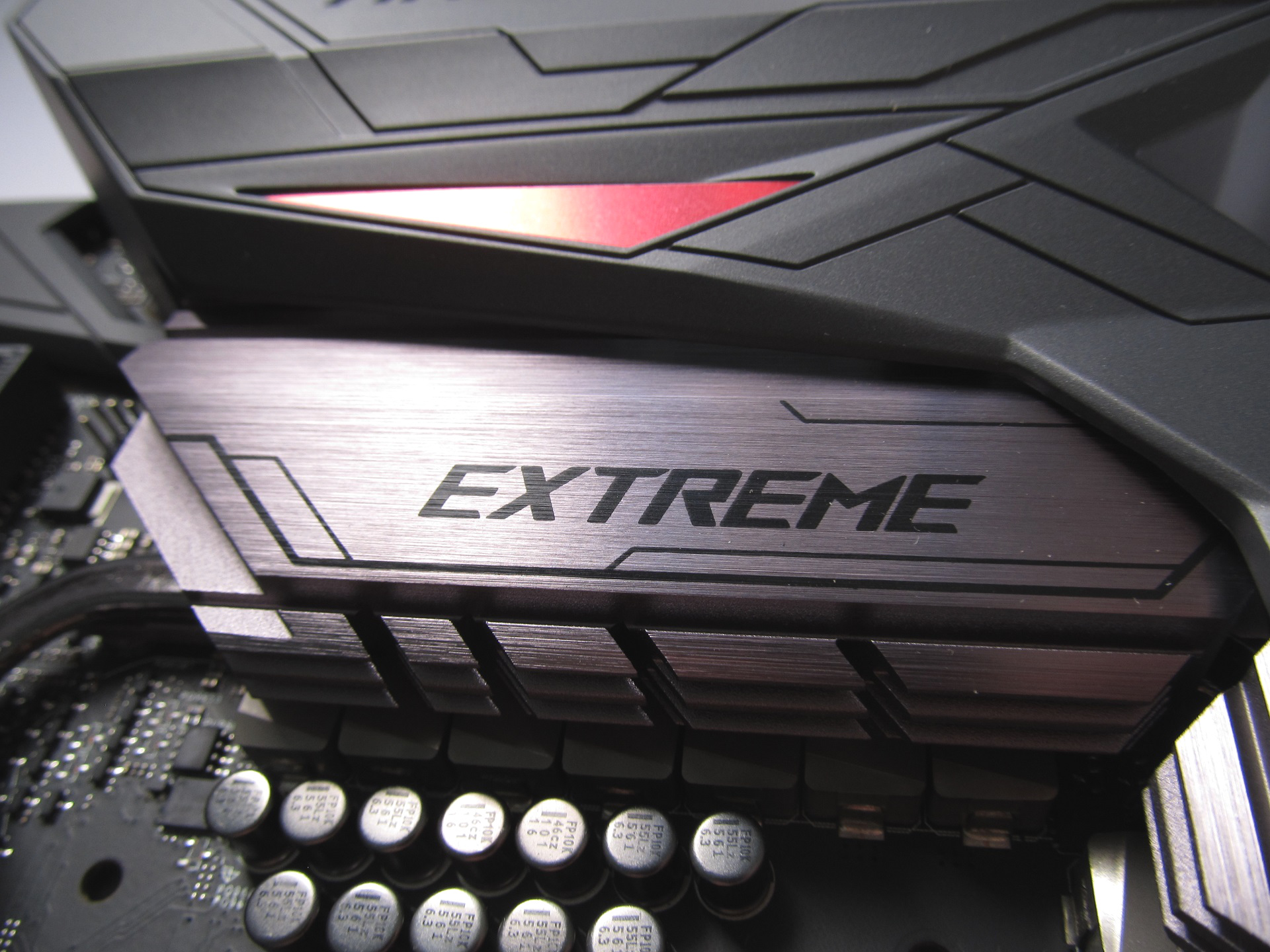 Photo of Maximus VIII Extreme board in review: Asus' carrier arrives to conquer
