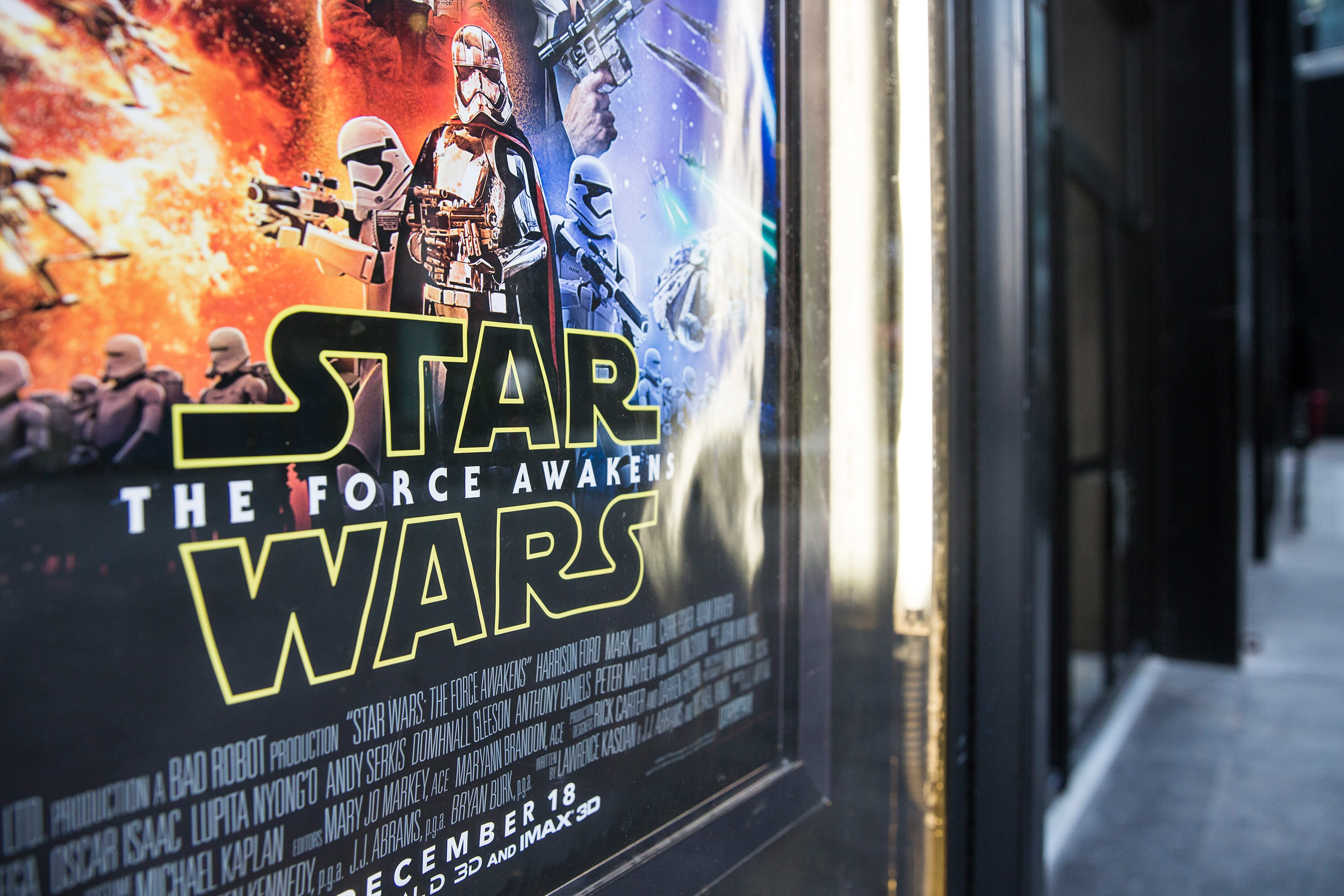 Photo of Disney's Force Awakened: Star Wars Episode 7 broke almost all records