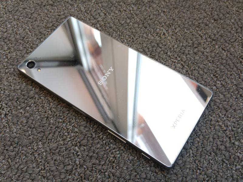 Sony's smartphone sales continue to decline