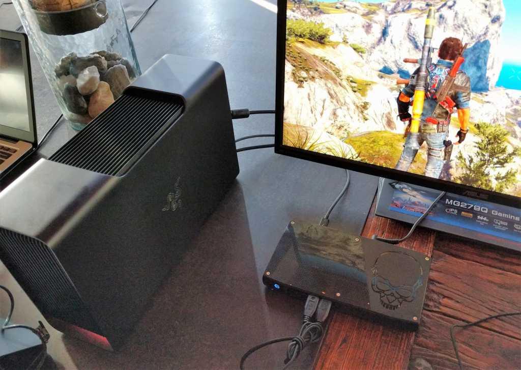 שילוב בין ה-Skull Canyon ל-Razer Core יוכל ליצור מערך גיימינג מתקדם אמיתי - אם כי בעלות גבוהה למדי