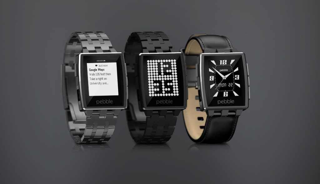 Pebble Steel - Available on sale with leather strap and black or silver color for watch body