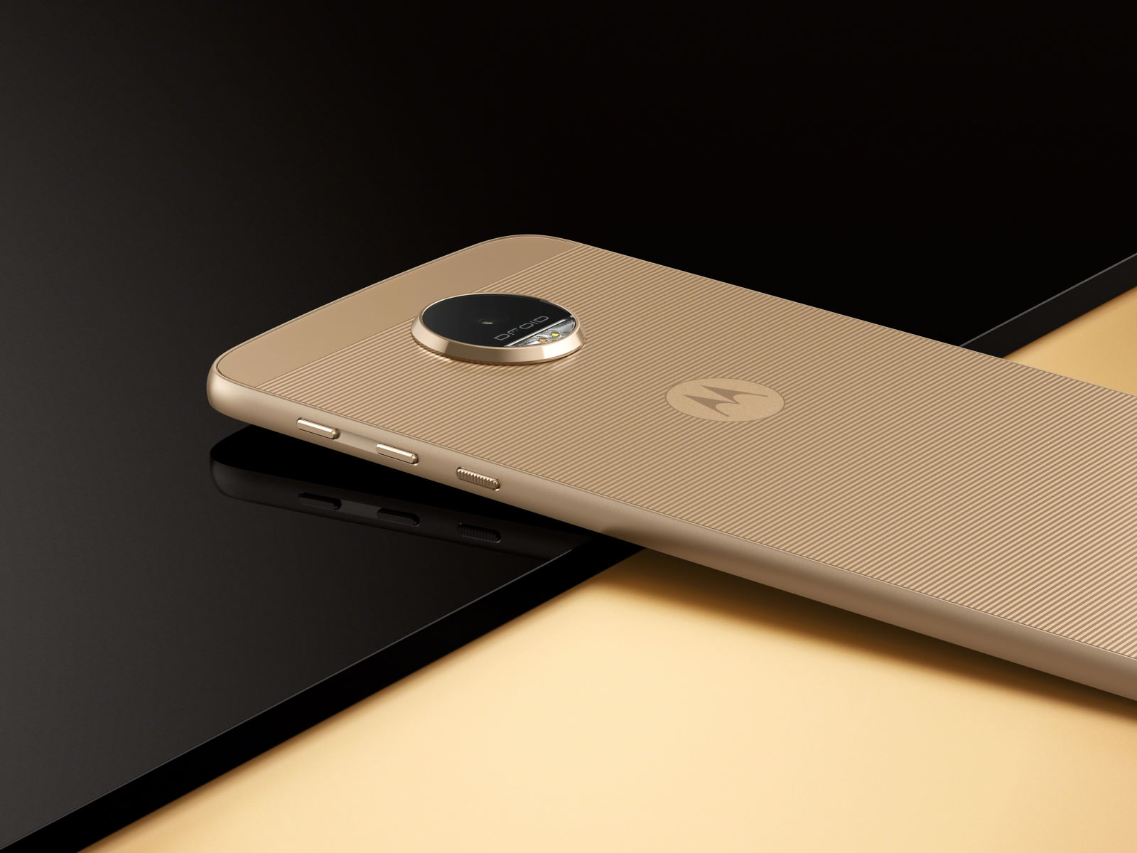Photo of the model, bodybuilder and extras: Motorola's new smartphones are here already