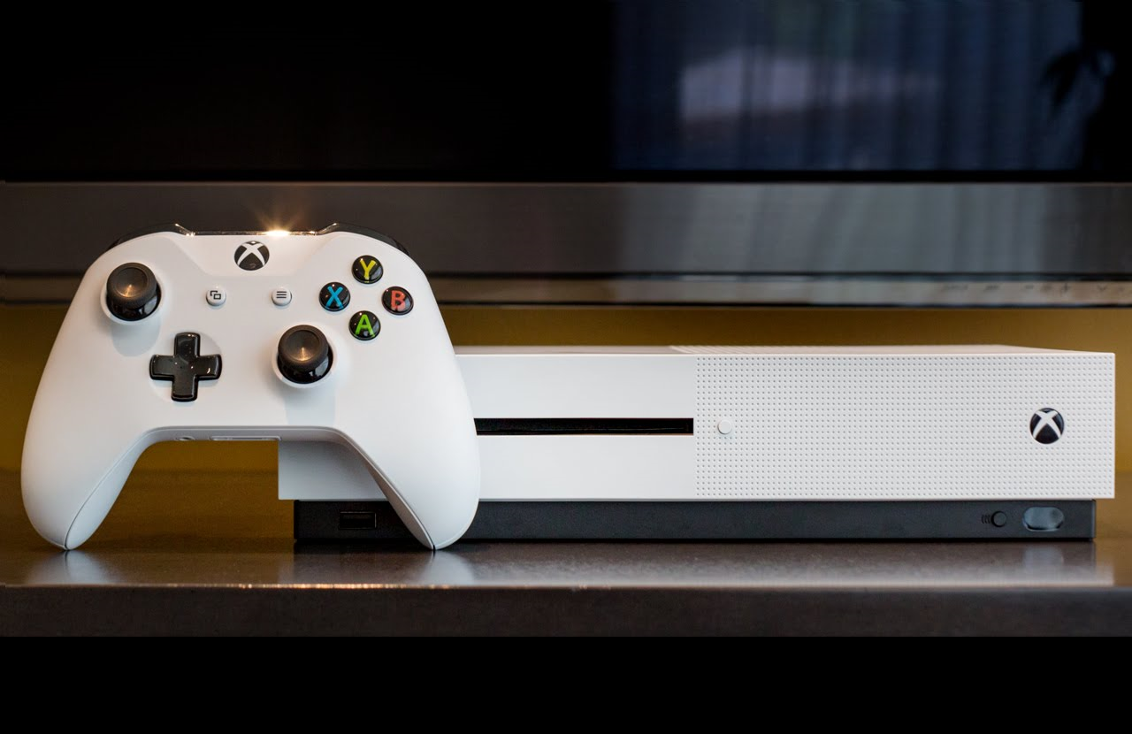 Photo of Microsoft is ready for battle: The Xbox One mini-console arrives early next month