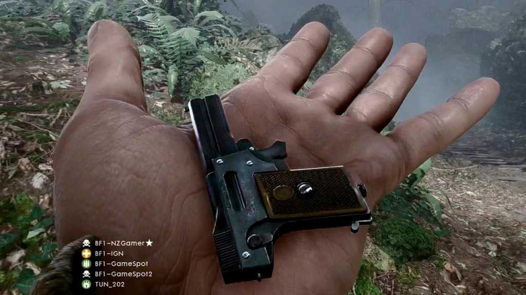 The Colibri 2.7 millimeter pistol, the smallest ever (and absolutely true) one, has become one of the most fashionable hits of the game