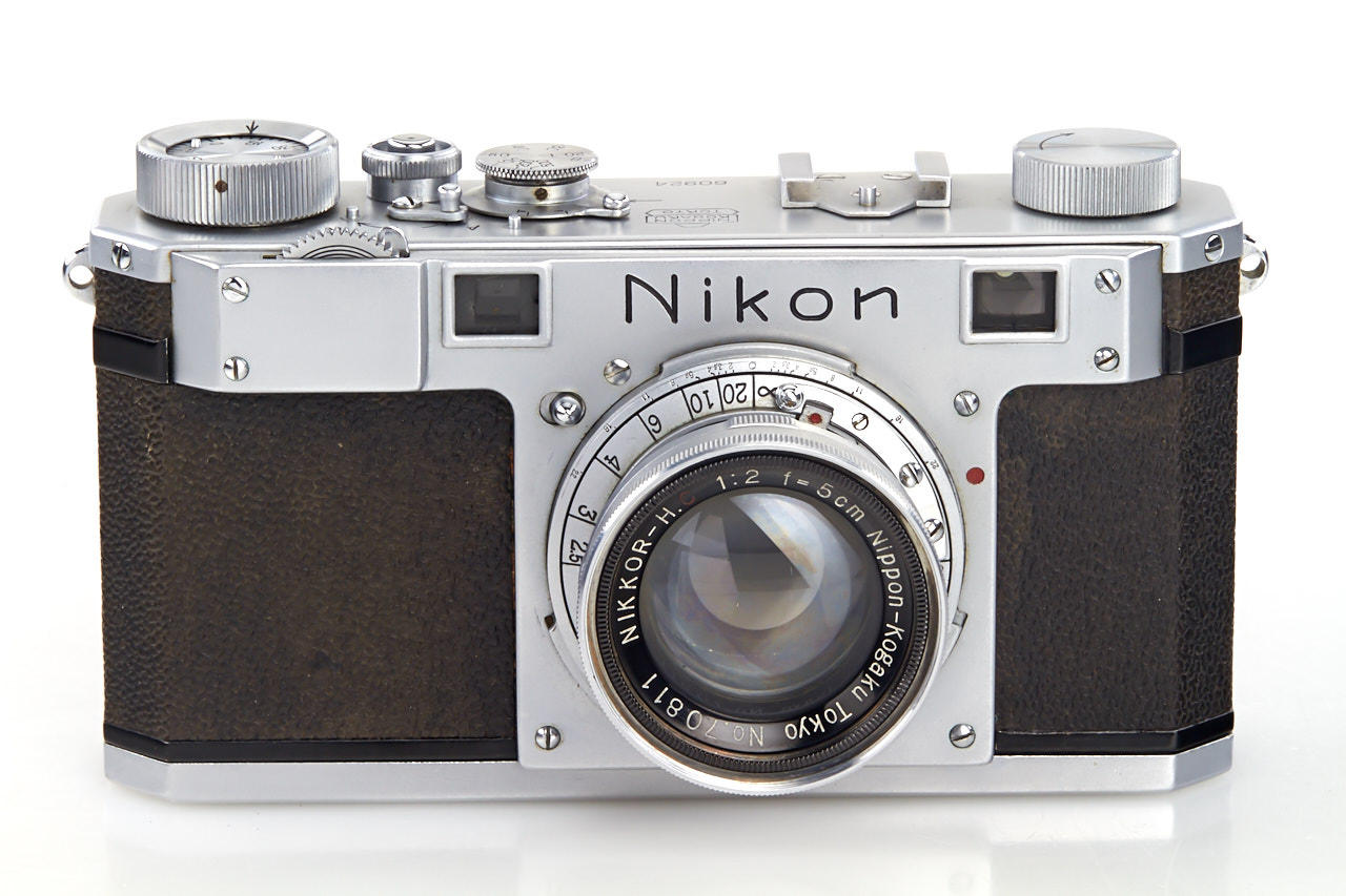 Photo of a piece of history: The third camera that came down from the Nikon production line is on sale