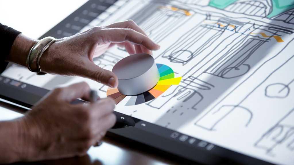 ה-Surface Dial אמור לפעול גם עם מוצרי ה-Surface האחרים, ויתומחר ב-100 דולר - או חינם למזמיני ה-Surface Studio