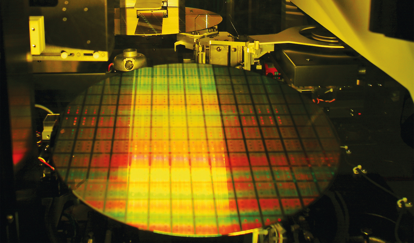 Photo of Not waiting for anyone: TSMC starts investing in chipmaking in breakthrough technologies