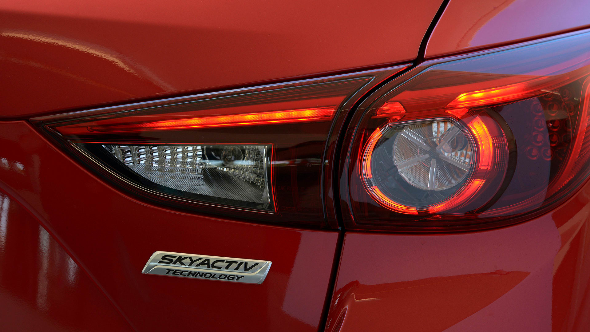 Photo of Mazda introduces: A new and highly efficient diesel engine - which works on gasoline