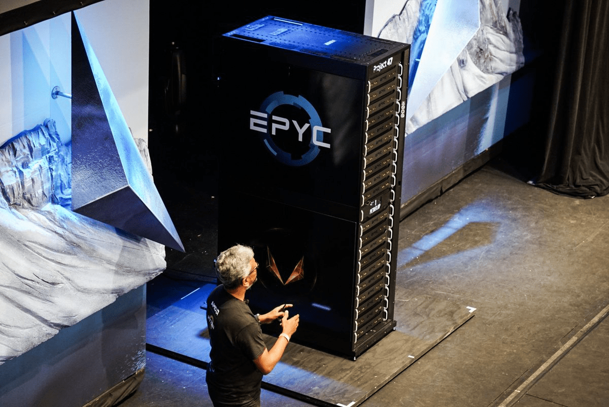 Photo of AMD's new project: Quadrillion calculations per second in a single server cabinet