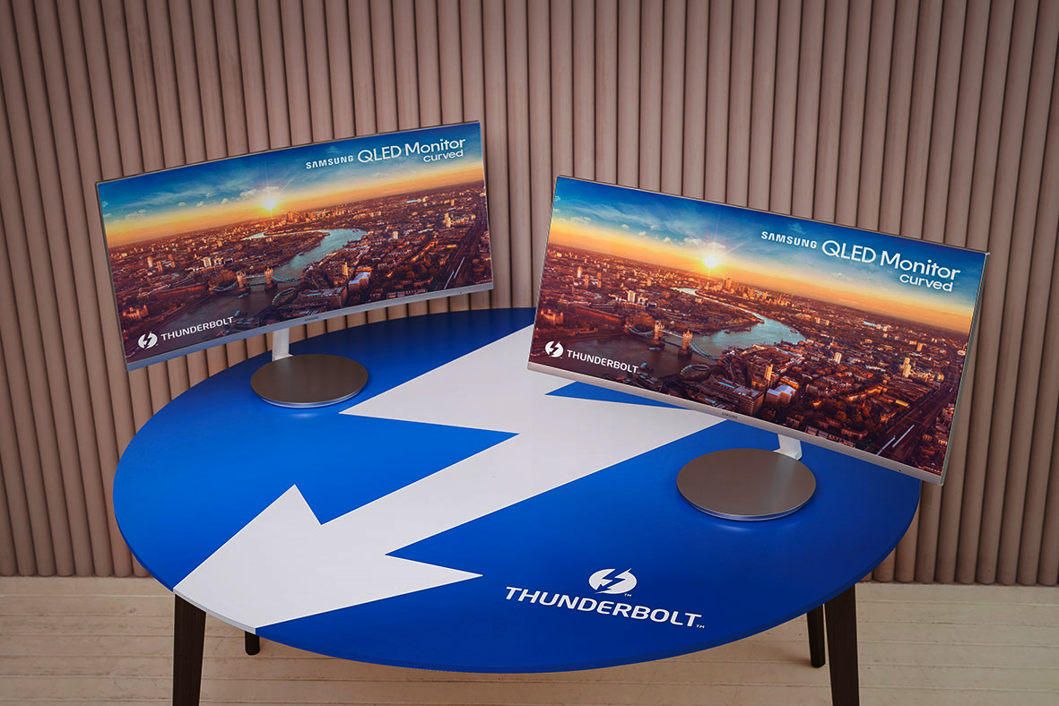 Photo of Samsung presents: The screen that needs Thunderbolt 3, and nothing else