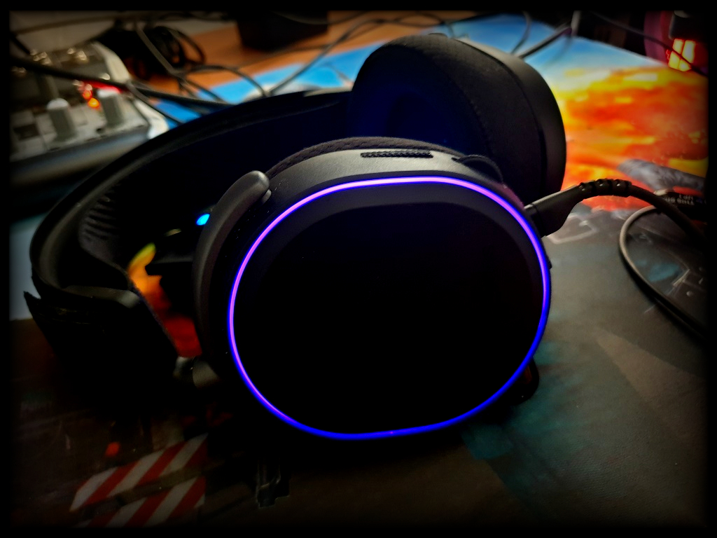 Photo of the Major League: SteelSeries Arctis Pro headphones with GameDAC amplifier in review