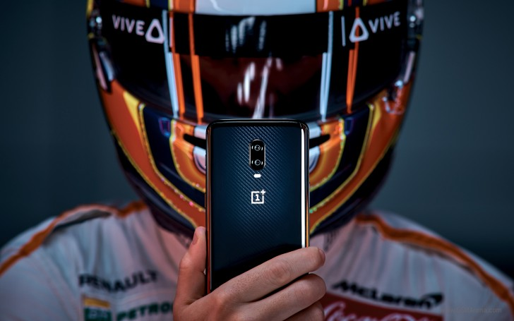Photo of the exclusive McLaren version of OnePlus 6T offers innovative charging