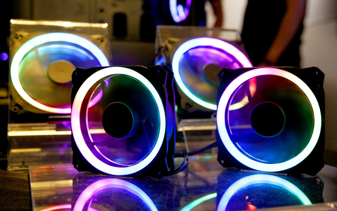 Photo of Smarter Color Enlightenment: Antec joins the ARGB trend in fans