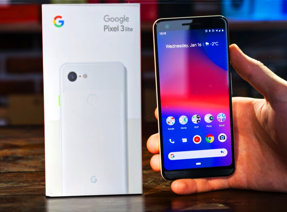 Photo of the leak time: The Google Pixel 3 Lite smartphone smiles at the camera