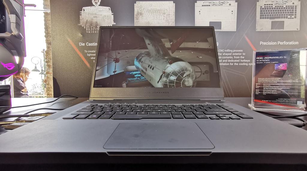 Photo of הכירו את המפלצות של אסוס: מחשבי גיימינג עוצמתיים במשקל מפתיע לטובה