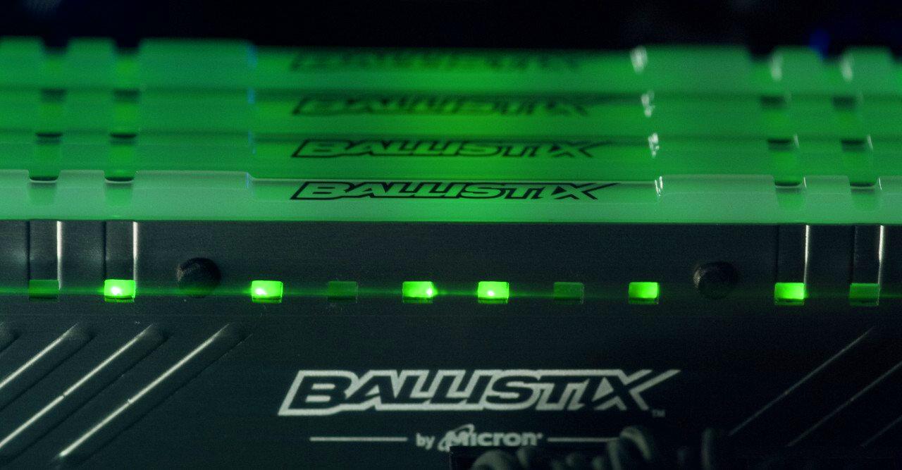 """זכרון DDR4 מתקדם עם הארת RGB במחיר ללא מע""""מ"""