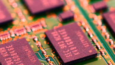 Photo of prices will jump? Samsung's memory chip factory failure threatens to break the balance